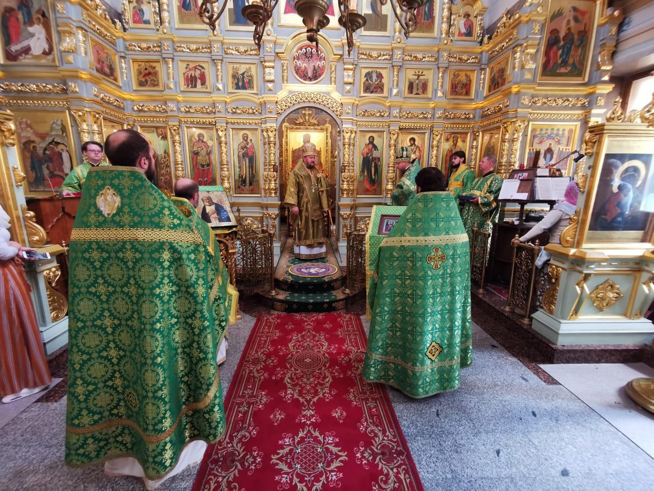 Епископ Антоније богослужио на Подворју Православне цркве чешких земаља и Словачке