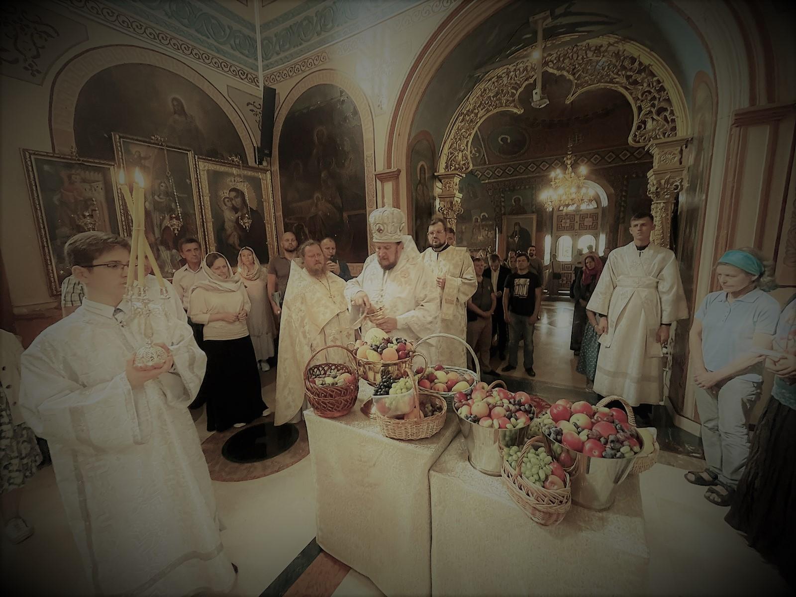 Света Литургија на празник Преображења Господњег