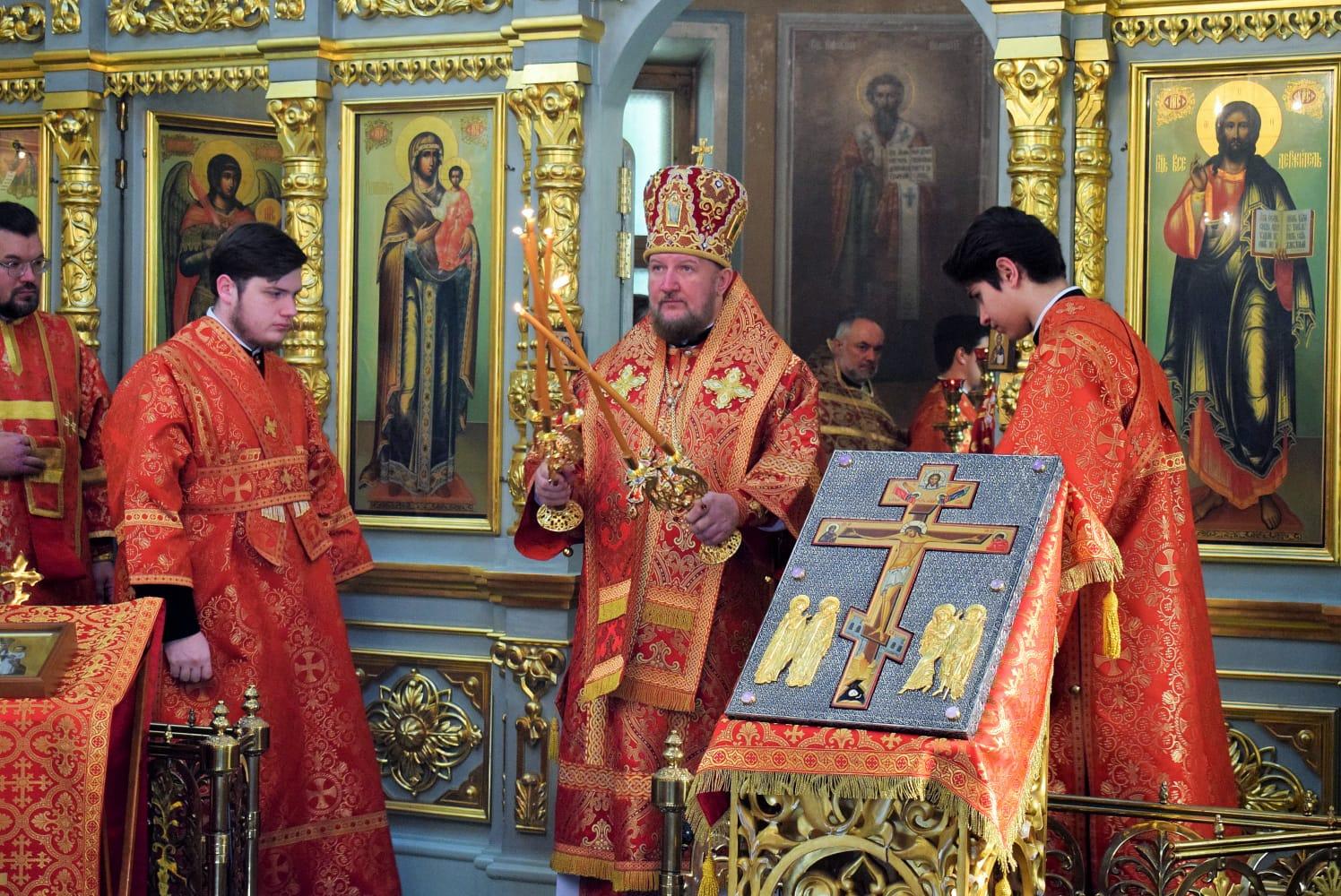 Епископ моравички Антоније богослужио у Чешком подворју у Москви