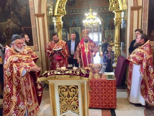 Света Литургија на празник Изношења Часног Крста (14.08.2019)