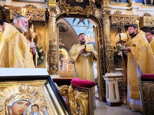 Света Литургија у шесту Недељу по Духовима (19.07.2020)