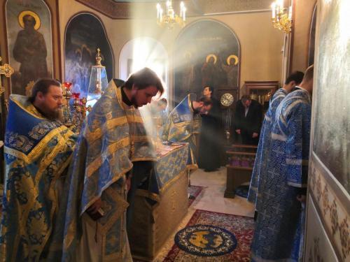 Празник чудотворне иконе Пресвете Богородице Знаменије (10.12.2020)
