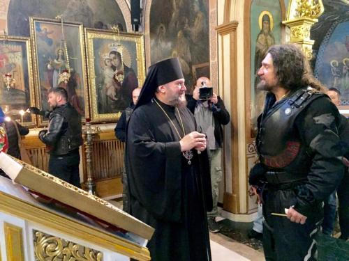 """""""Ноћни вукови"""" у посети Подворју СПЦ (28.06.2019)"""